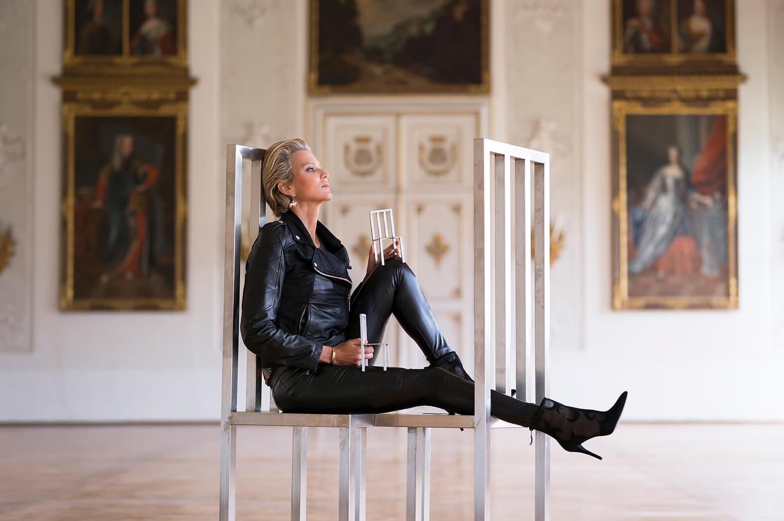 stephanie gr fin von pfuel reportage. Black Bedroom Furniture Sets. Home Design Ideas